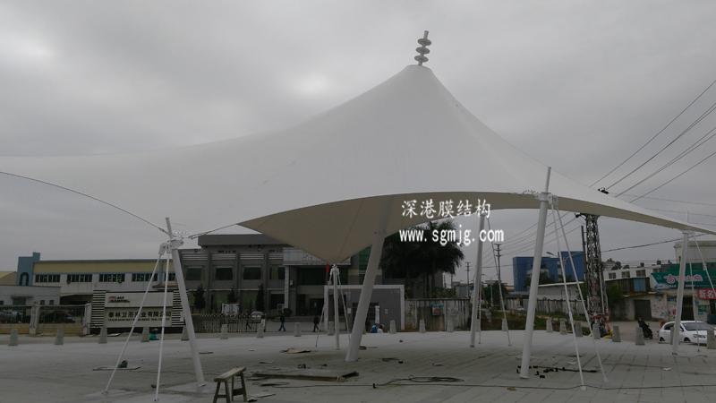 广东开平鹤山市址山镇龙山风情步行街景观膜结构工程